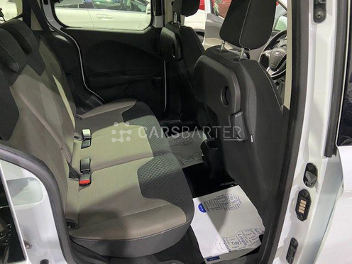 Ford Tourneo Courier 1.5TDCi Trend 95 95cv 2016 - Coruña. 6.