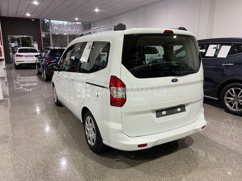 Ford Tourneo Courier 1.5TDCi Trend 95 95cv 2016 - Coruña. 2.