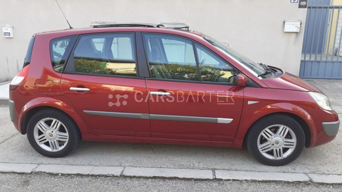 Renault Scenic Scénic II 1.9DCI Confort Expression 120cv 2005 - Madrid. 4.