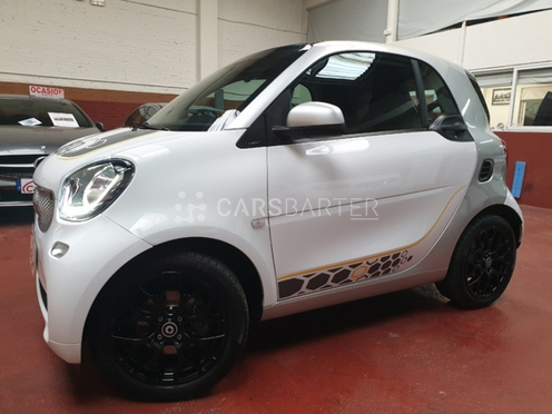 Smart forTwo Coupe 66 Passion 66 kW (90 CV) nullcv 2016 - Madrid. 4.