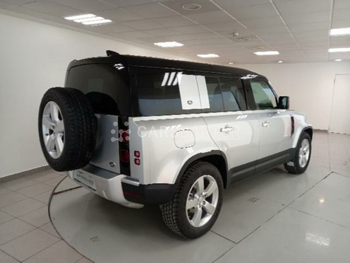 Land Rover Defender 2.0 D240 SD4 FIRST EDITION 110 AUTO 4 240 5P 240cv 2020 - Madrid. 2.