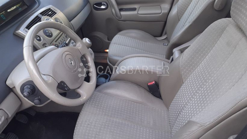 Renault Scenic Scénic II 1.9DCI Luxe Privilege 120cv 2005 - Madrid. 6.
