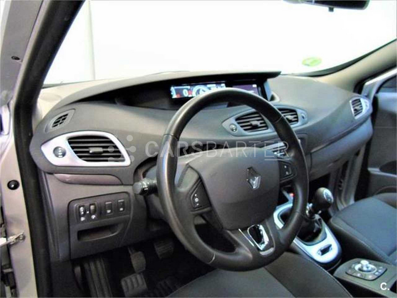 Renault Grand Scenic dCi Limited Energy eco2 96 kW (130 CV) 130cv 2016 - Madrid. 7