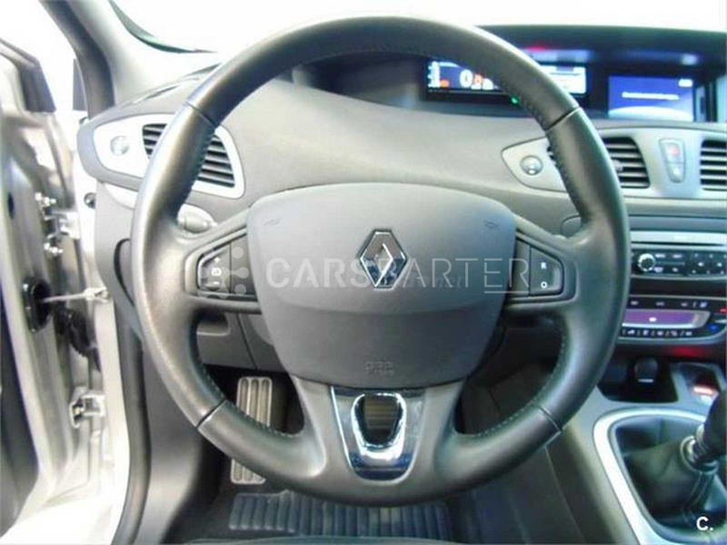 Renault Grand Scenic dCi Limited Energy eco2 96 kW (130 CV) 130cv 2016 - Madrid. 9