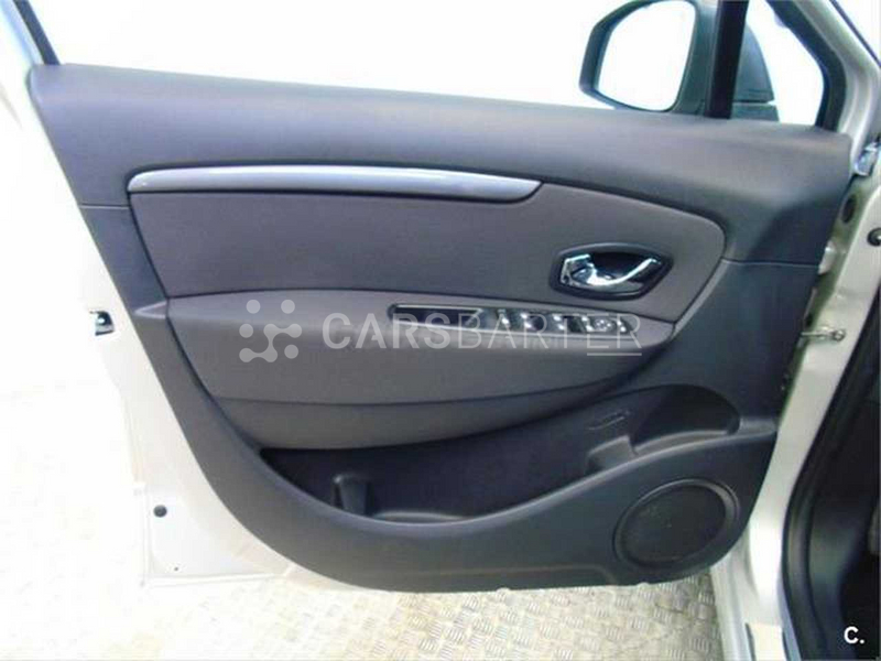 Renault Grand Scenic dCi Limited Energy eco2 96 kW (130 CV) 130cv 2016 - Madrid. 6