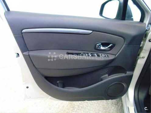Renault Grand Scenic dCi Limited Energy eco2 96 kW (130 CV) 130cv 2016 - Madrid. 6.
